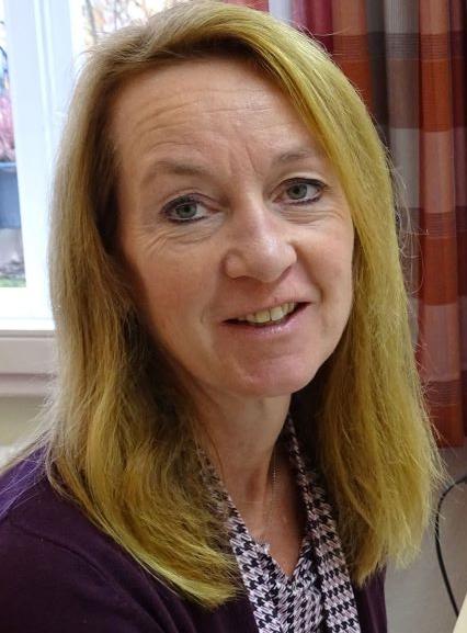 Mandy Diekmann sitzt in der Verwaltung der DRK Augusta-Schwesternschaft. Sie ist die gute Seele und kümmert sich u.a. auch um das Sekretariat.