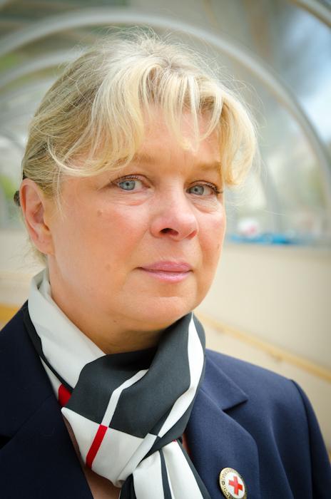 Sabine Rennau ist nicht nur Assistentin der Oberin und Koordinatorin der Schwesternschaft am Klinikum, sondern auch Ansprechpartnerin wenn es um die Bewegung geht. Da gehört der wöchentliche Nord-Walking-Treff genauso dazu wie der jährliche Firmenlauf, an dem die DRK Augusta-Schwesternschaft teilnimmt.